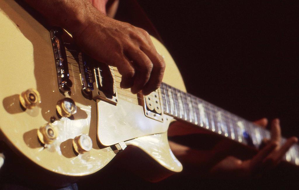 Gitár akkordokkal lejátszhatunk bármit